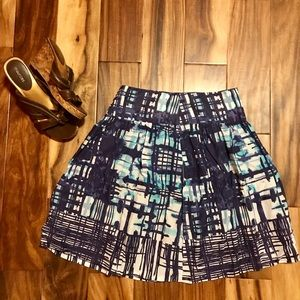 The Limited Geometric Patterned Skirt